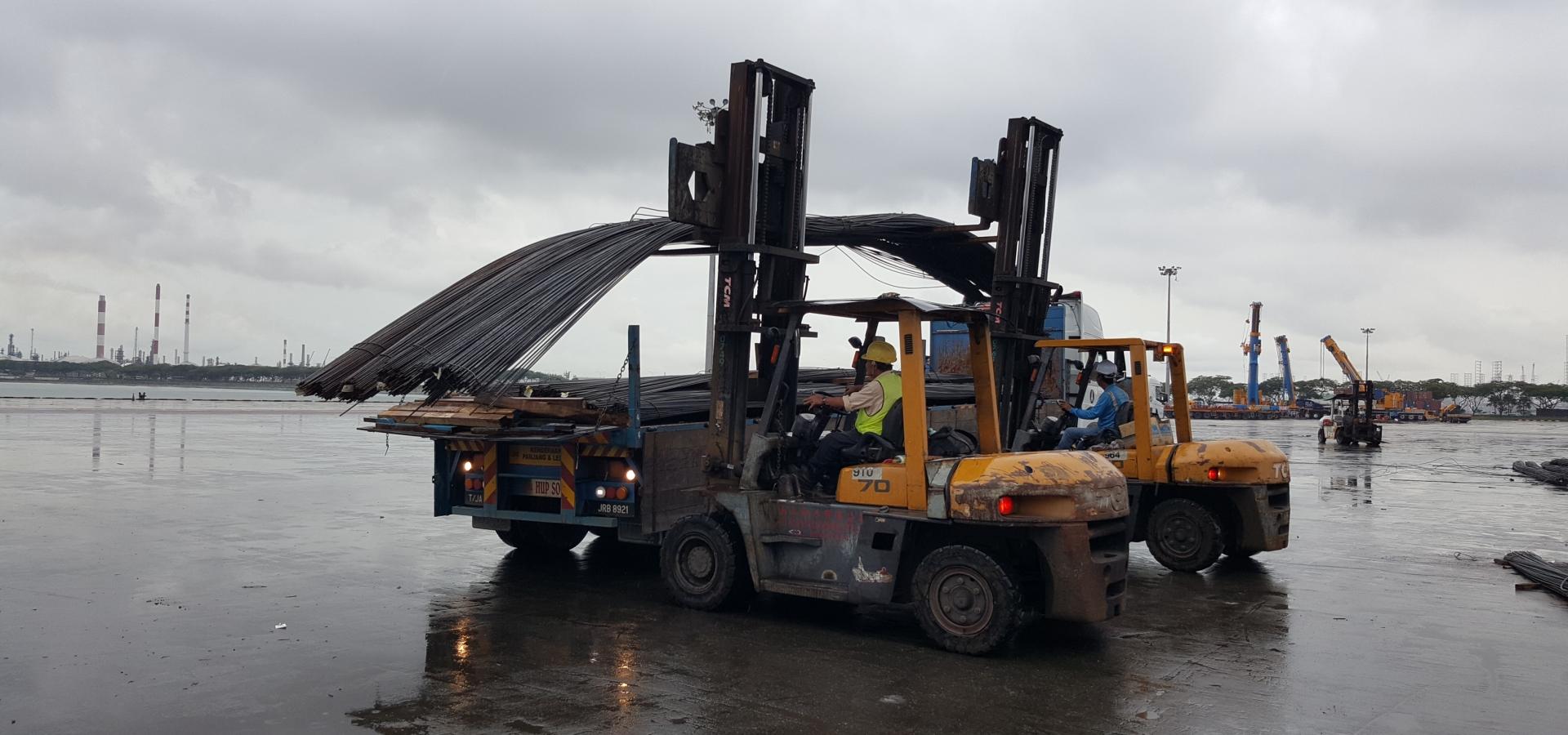 Heavy Cargo Handling, Port Clearance, Jurong Port, Steel, Forklift, Cross Border