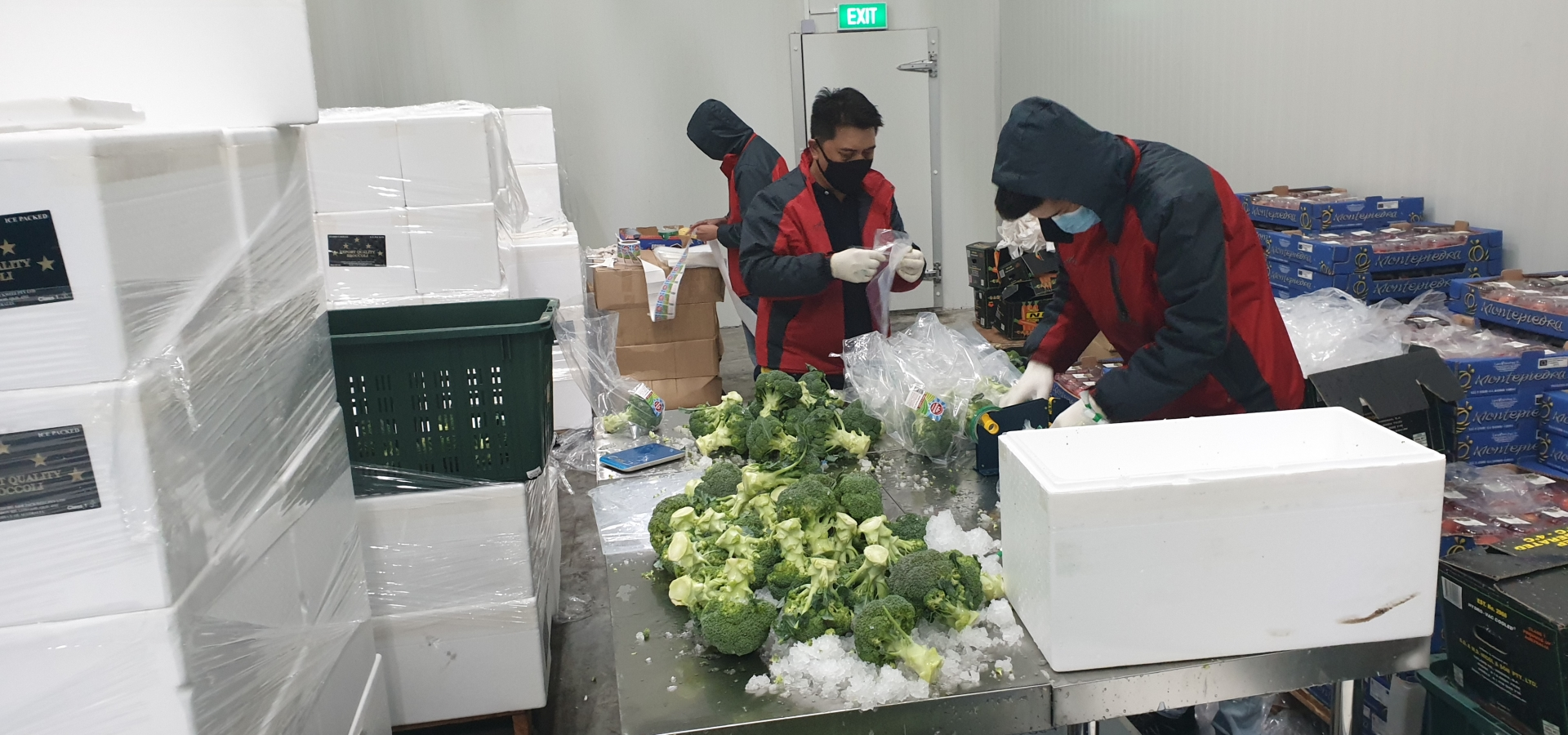 Fruits Packing, Packaging, assembly, vas, value added services